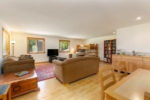 Sunset Suite - Living Area